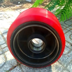 Bọc PU cho bánh xe nâng điện tại HCM - Bình Dương - Đồng Nai