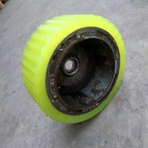 Nhận bọc bánh xe PU giá rẻ chất lượng Nhật Bản
